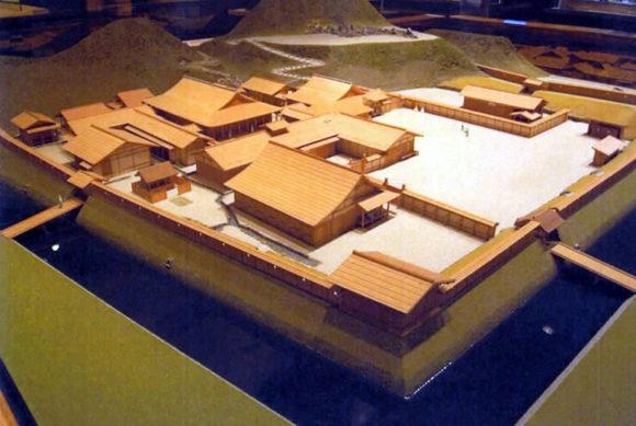 朝倉館本館復元模型